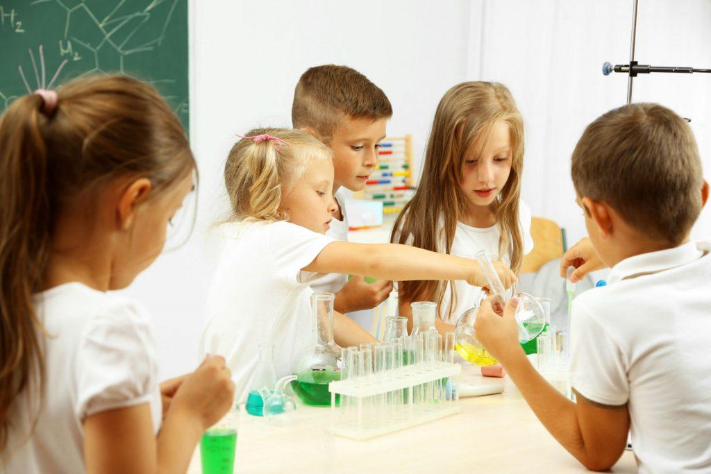 zajęcia naukowe dla przedszkolaków Poznań